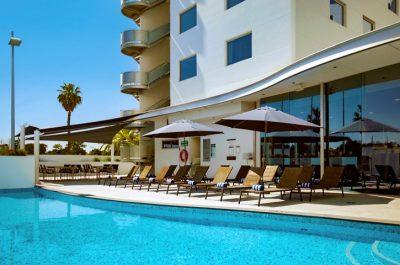 8676.11703.perth.crown-promenade-perth.amenity.swimming-pool-Fs92jGam-13699-853x480